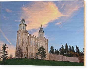 Manti Temple Morning Wood Print by David Andersen