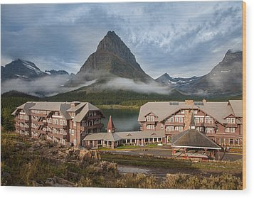 Many Glacier Hotel Wood Print