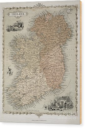 Map Of Ireland Wood Print by C Montague