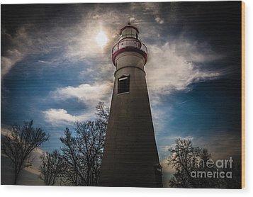 Marblehead Lighthouse Wood Print by Lori England Zornes