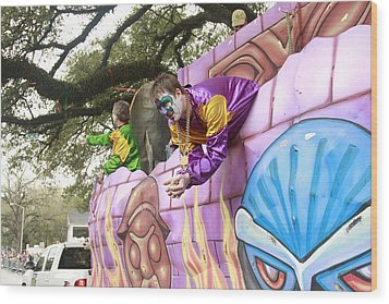 Mardigras In Louisiana Wood Print by Ronald Olivier