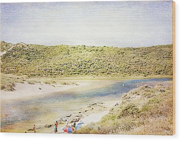 Margaret Rivermouth In Western Australia Wood Print by Elaine Teague