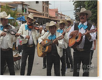 Mariachis At The Fiesta De San Jose Wood Print by Linda Queally