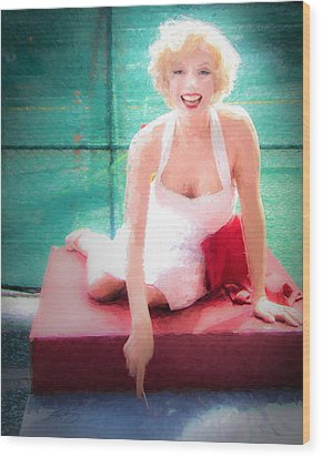 Marilyn Wood Print by Ike Krieger