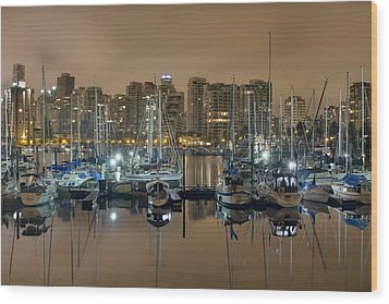 Marina Along Stanley Park In Vancouver Bc Wood Print by David Gn