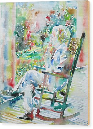 Mark Twain Sitting And Smoking A Cigar - Watercolor Portrait Wood Print by Fabrizio Cassetta