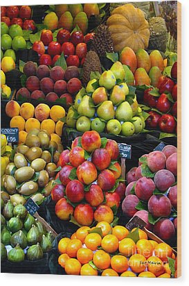 Market Time Wood Print by Sue Melvin