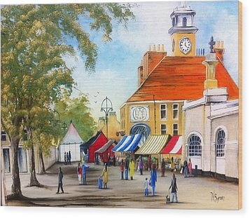 Markets On High Street Wood Print by Helen Syron
