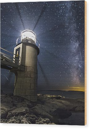 Marshall Lighthouse And The Night Sky Wood Print by John Vose