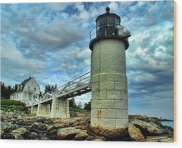 Marshall Point Light From The Rocks Wood Print by Carolyn Fletcher