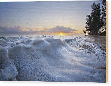 Marshmallow Tide Wood Print by Sean Davey