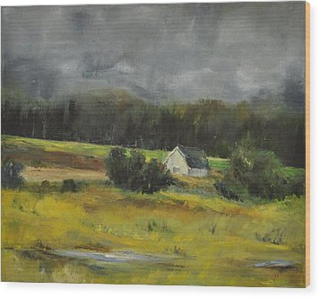 Maryland Barn Wood Print by Lindsay Frost