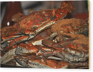 Maryland Crabs Wood Print