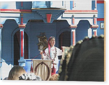 Maryland Renaissance Festival - A Fool Named O - 121224 Wood Print by DC Photographer