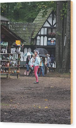 Maryland Renaissance Festival - A Fool Named O - 121231 Wood Print by DC Photographer