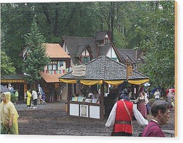 Maryland Renaissance Festival - Merchants - 121266 Wood Print by DC Photographer
