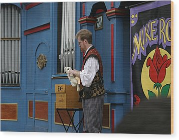 Maryland Renaissance Festival - Mike Rose - 12127 Wood Print by DC Photographer