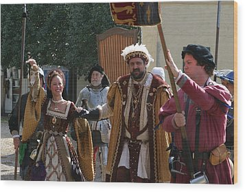 Maryland Renaissance Festival - People - 1212120 Wood Print by DC Photographer