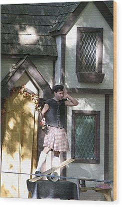 Maryland Renaissance Festival - People - 121226 Wood Print by DC Photographer
