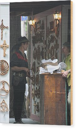 Maryland Renaissance Festival - People - 121294 Wood Print by DC Photographer