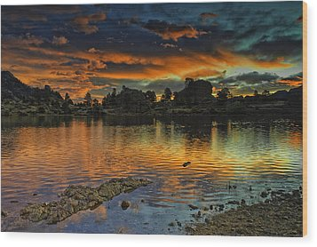 Mary's Lake Sunrise Wood Print by Tom Wilbert