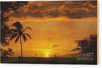Maui Sunset Dream Wood Print by Peggy Hughes