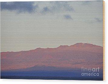 Mauna Kea Volcano At Sunrise From Hilo Wood Print by Sami Sarkis