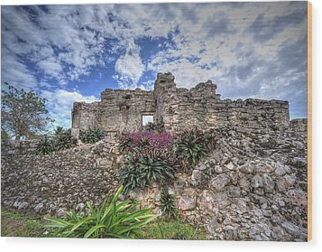 Wood Print featuring the photograph Mayan Ruin At Tulum by Jaki Miller