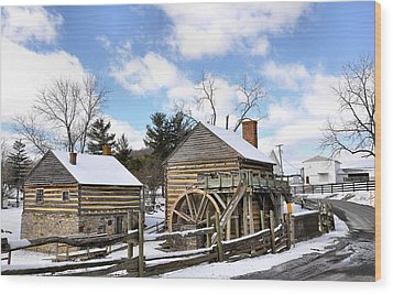 Mccormick Farm 3 Wood Print by Todd Hostetter