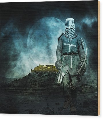 Wood Print featuring the photograph Medieval Crusader by Jaroslaw Grudzinski