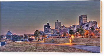 Cityscape - Skyline - Memphis At Dawn Wood Print by Barry Jones