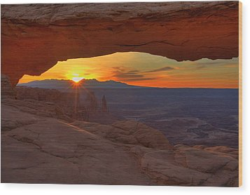 Mesa Arch Sunrise Wood Print by Alan Vance Ley