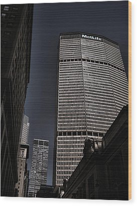 Met Life Building Wood Print
