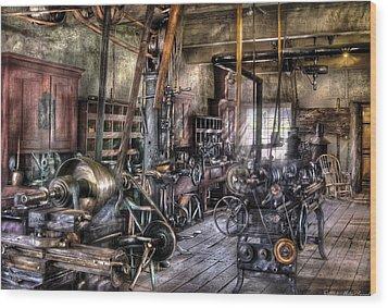 Metal Worker - Belts And Pullies Wood Print by Mike Savad