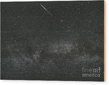 Meteor With The Milky Way Wood Print