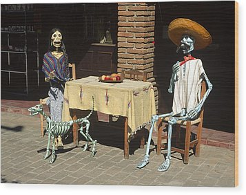 Mexican Antique Family Wood Print by Roderick Bley