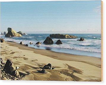 Meyers Creek Beach Oregon Wood Print by Rafael Escalios