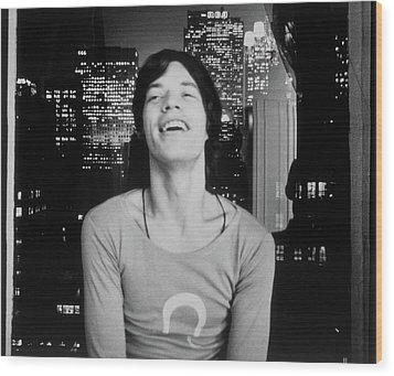 Mick Jagger Laughing Wood Print by Cecil Beaton