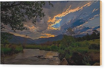 Wood Print featuring the photograph Mid-summer Sunset by Darrell E Spangler