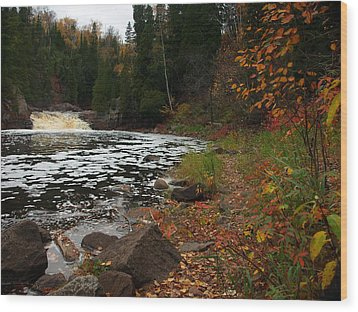 Middle Falls Tettegouche Wood Print by James Peterson