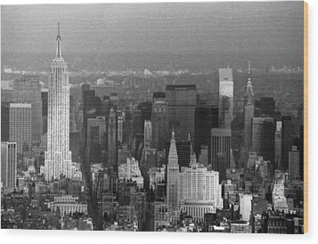 Midtown Manhattan 1980s Wood Print by Gary Eason