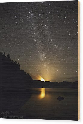 Milky Way At Crafnant 2 Wood Print by Beverly Cash