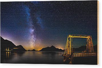 Milky Way Over Anvil Island Wood Print by Alexis Birkill