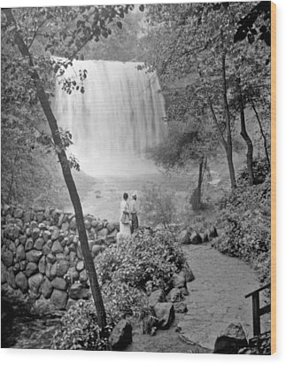 Minnehaha Falls Minneapolis Minnesota 1915 Vintage Photograph Wood Print by A Gurmankin