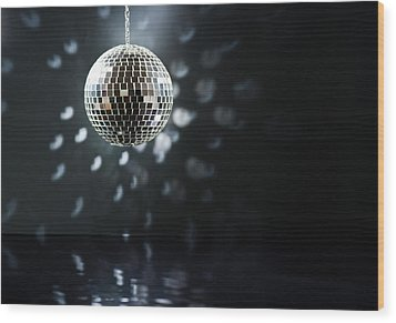 Mirrorball Wood Print by Ulrich Schade