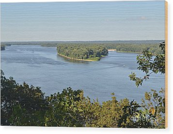 Mississippi River Overlook Wood Print by Luther Fine Art