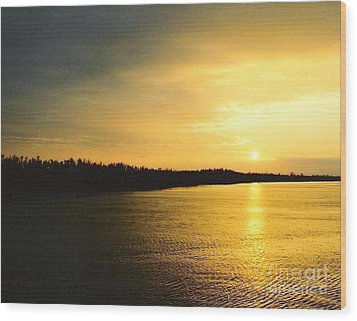 Wood Print featuring the photograph Sunrise Over The Mississippi River Post Hurricane Katrina Chalmette Louisiana Usa by Michael Hoard