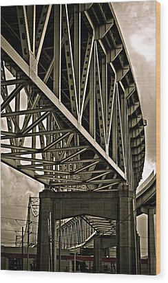 Wood Print featuring the photograph Mississippi Truss In New Orleans by Ray Devlin