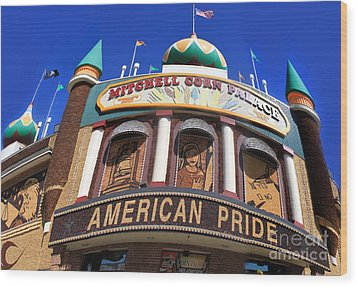 Mitchell Corn Palace - 01 Wood Print by Gregory Dyer