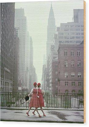 Models In New York City Wood Print